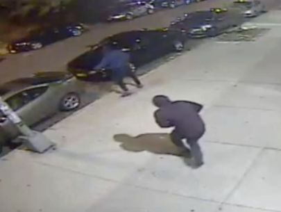 Video: Off-duty NYPD cop shot by stray bullet in the Bronx