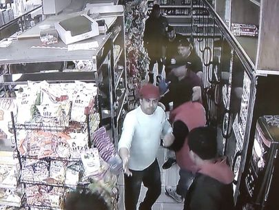 Bronx bodega workers save teen from mob attack