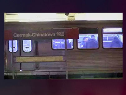Man shot on Chicago train; accused gunman found beaten