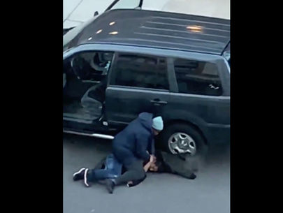 Video captures mother detain alleged car thief in the Bronx