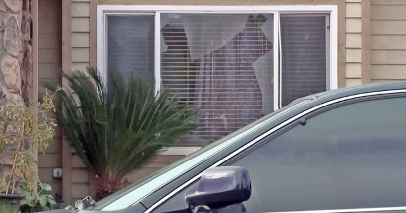 Woman, young child barricade themselves in bathroom to fend off home invaders
