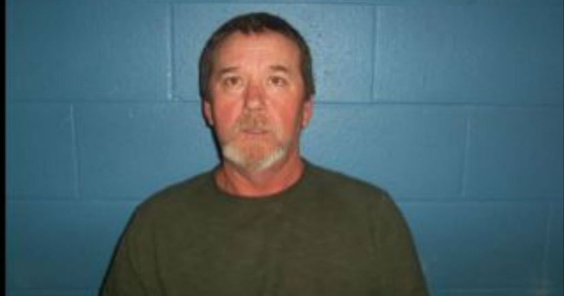 Deputies: Arkansas man charged after slitting puppies' throats, dumping them in ditch