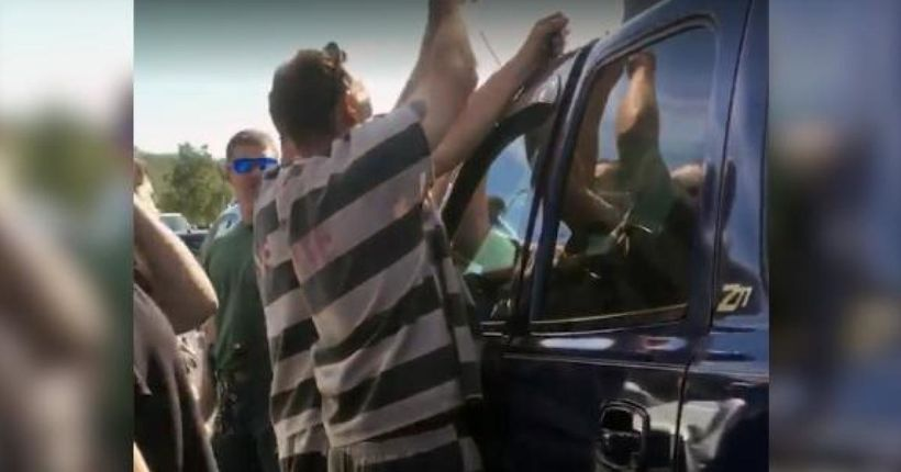 Video shows Florida inmates break into SUV to rescue trapped baby