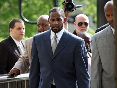 R. Kelly charged in Illinois with aggravated criminal sexual abuse