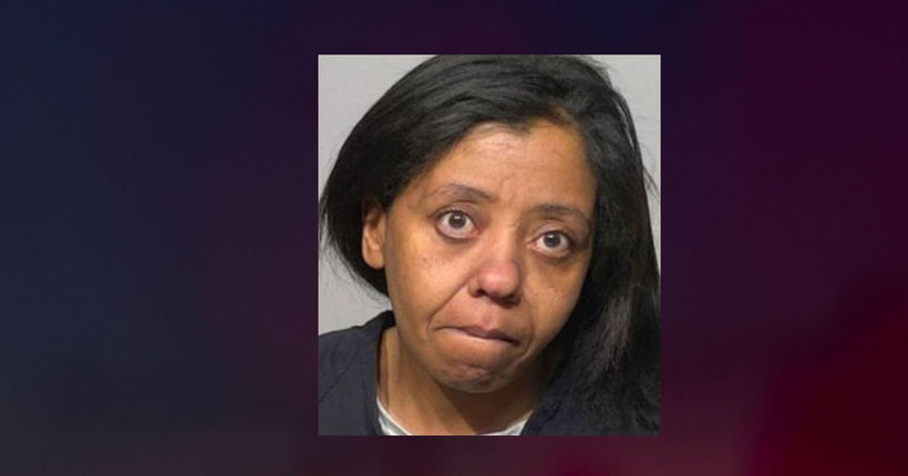 'Needed a minute to myself:' Milwaukee mom accused of leaving children ages 2, 7 home alone