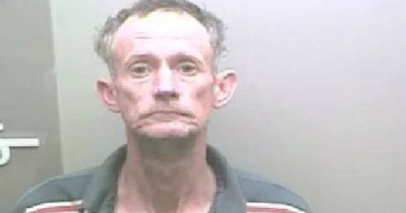 Alabama man said he ran from deputies because he needed to feed hogs, officials say