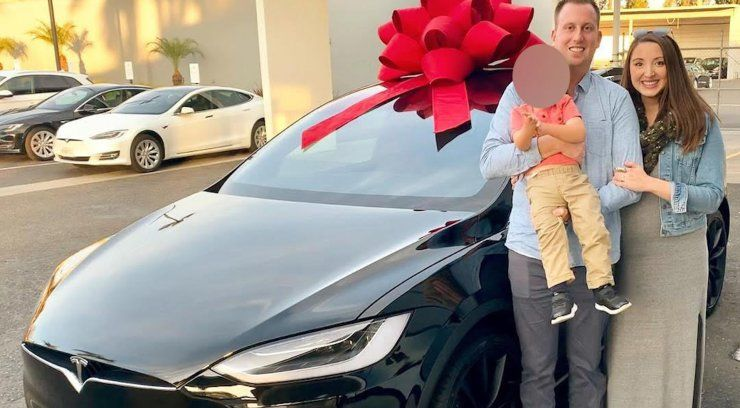 Santa Barbara mom sues Tesla, claiming SUV pinned her against wall while pregnant after 2-year-old son jumped in driver's seat