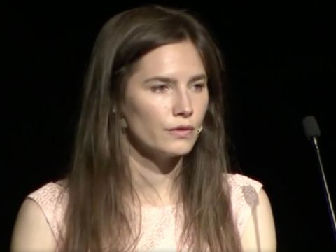 'I am not a monster,' says Amanda Knox on tearful return to Italy