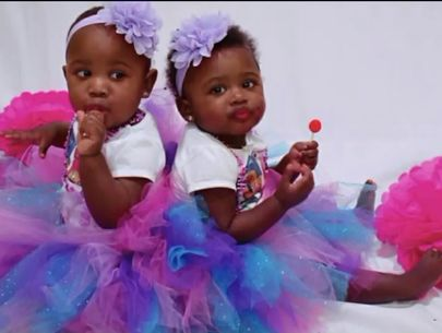 Deceased twins had no outward trauma signs; mom faces murder charges