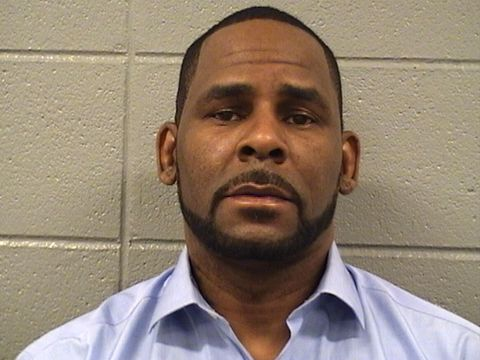R. Kelly, citing COVID-19 risk, asks judge to release him from jail