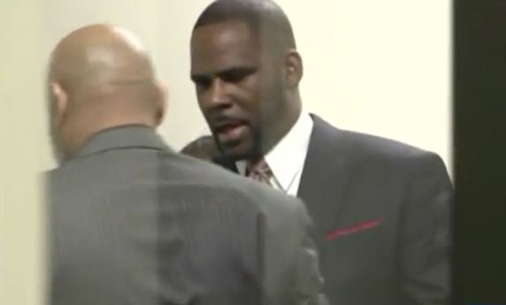R. Kelly ordered to jail after arrest in Chicago on federal sex crime charges