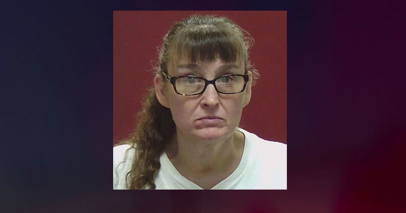 Woman 'having bad day' accused of severely burning girl's feet