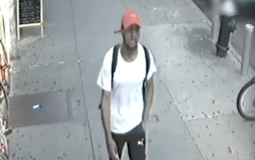 89-year-old man brutally attacked, robbed in Lower Manhattan apartment building: Police