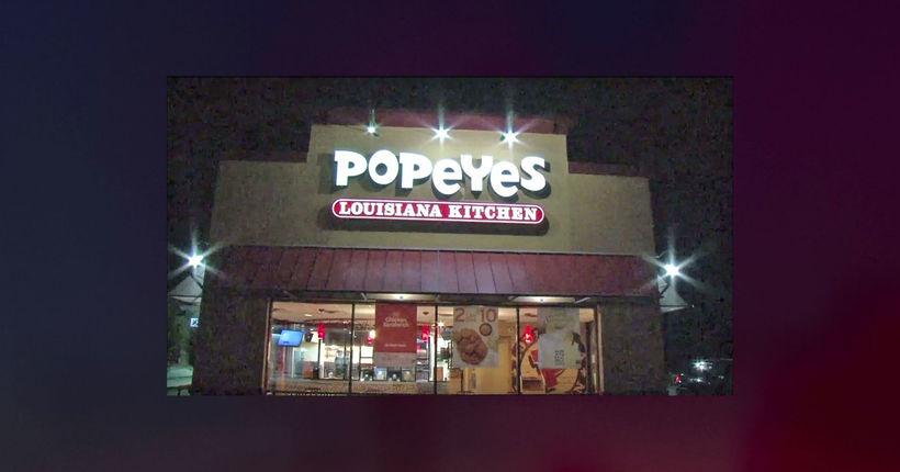 Popeyes customer points gun at employees, demands chicken sandwich in Houston