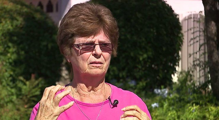 Good deed quickly takes a turn when 78-year-old attacked by woman she was trying to help