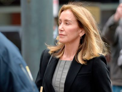 Felicity Huffman reports to prison to start 2-week sentence