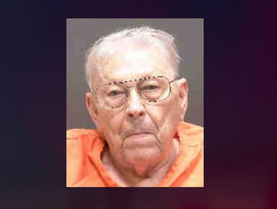 Man charged with murder after shooting, killing wife with dementia: Cops