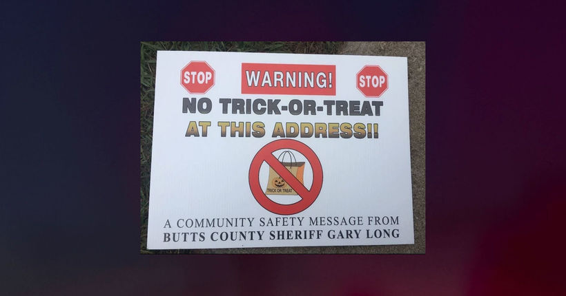3 Georgia sex offenders sue over Halloween trick-or-treat warning signs
