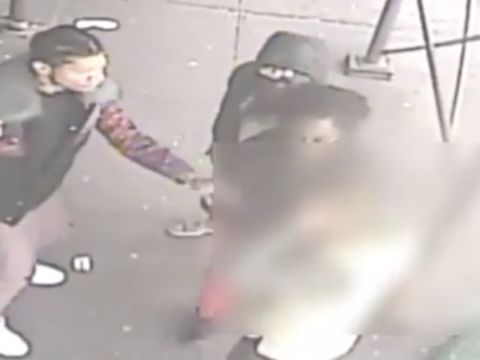 Group attacks man, stealing jacket, boots in broad daylight