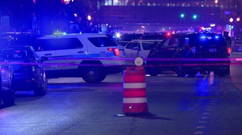 Chicago officer shot in head during gun battle with robbery suspect; teen bystander also shot