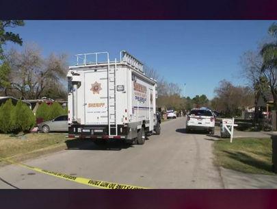 Texas man with shotgun shoots 3 home-invasion suspects dead