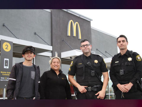 McDonald's employees call police after woman signals she's in trouble
