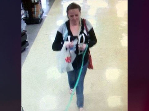 Woman scammed Girl Scouts with fake $100 bills: Police
