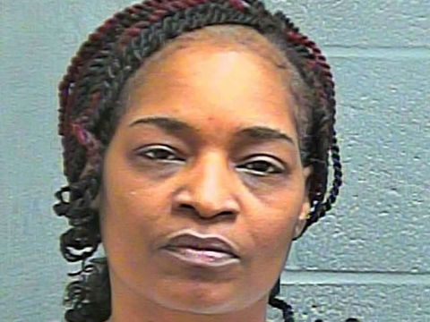 Oklahoma City woman stabs neighborhood lawnmower man: police