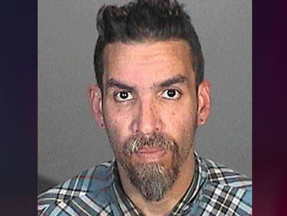 Ghost Ship warehouse fire: Derick Almena to get 9 years in plea deal
