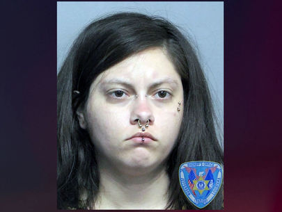 Woman arrested for entering New Orleans airport naked