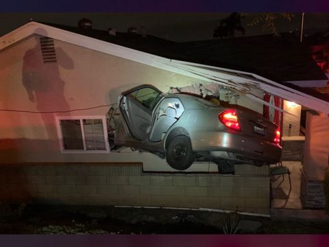 Video: Driver, passenger run away after smashing car into home