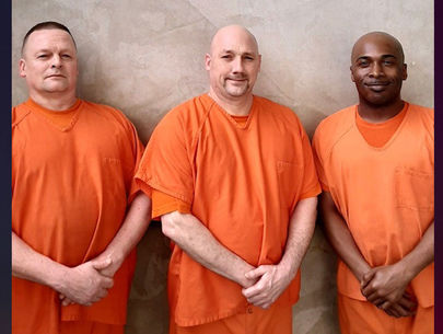 Georgia inmates praised after saving deputy's life in jail
