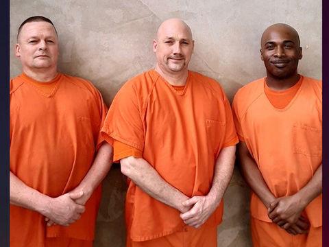 Georgia inmates praised after saving deputy's life in jail