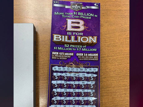 Suspect running from deputies abandoned winning lottery ticket