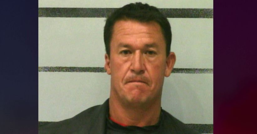 Drunk Texas dad let 13-year-old daughter drive them to get ice cream, police say