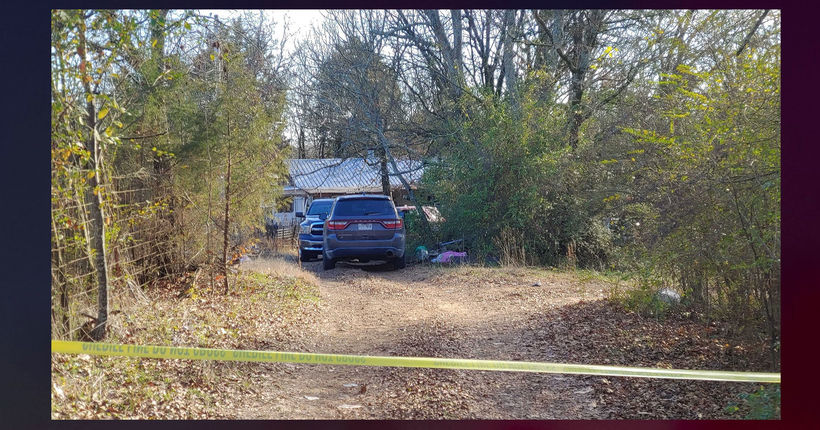 Bodies of 2 women, 3 girls found in Arkansas home on Christmas